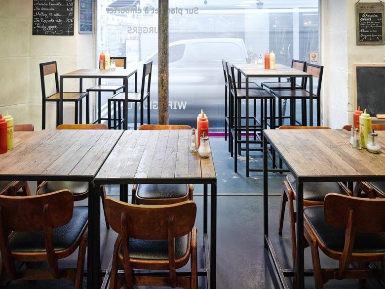 Avant - Après : Aménagement intérieur d\'un restaurant burger de 70m2