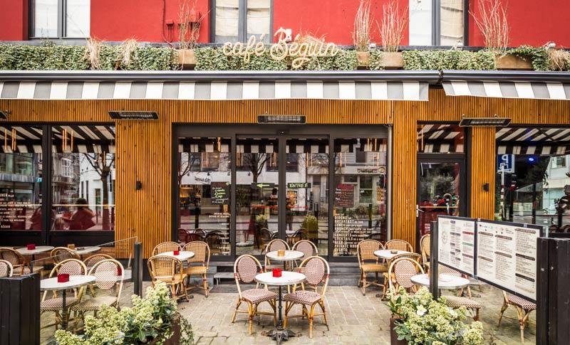 Rénovation d'un café par un architecte spécialiste de l'architecture commerciale à Paris