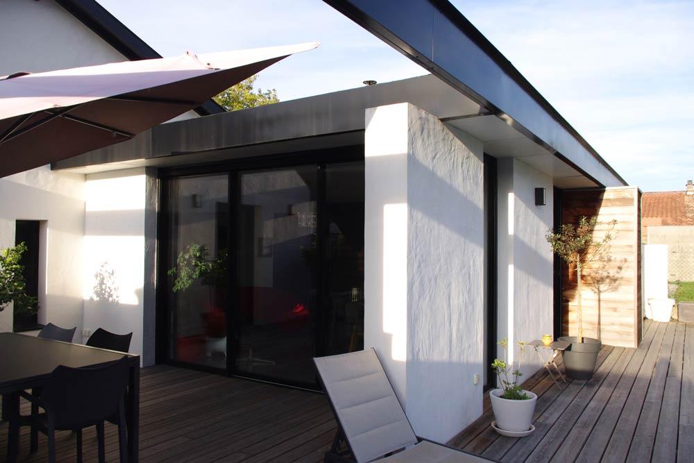 Aménagement extérieur d'une maison par un architecte