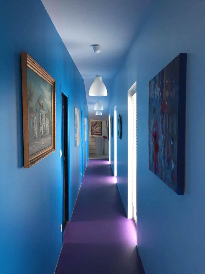 Couloir rénové de la maison